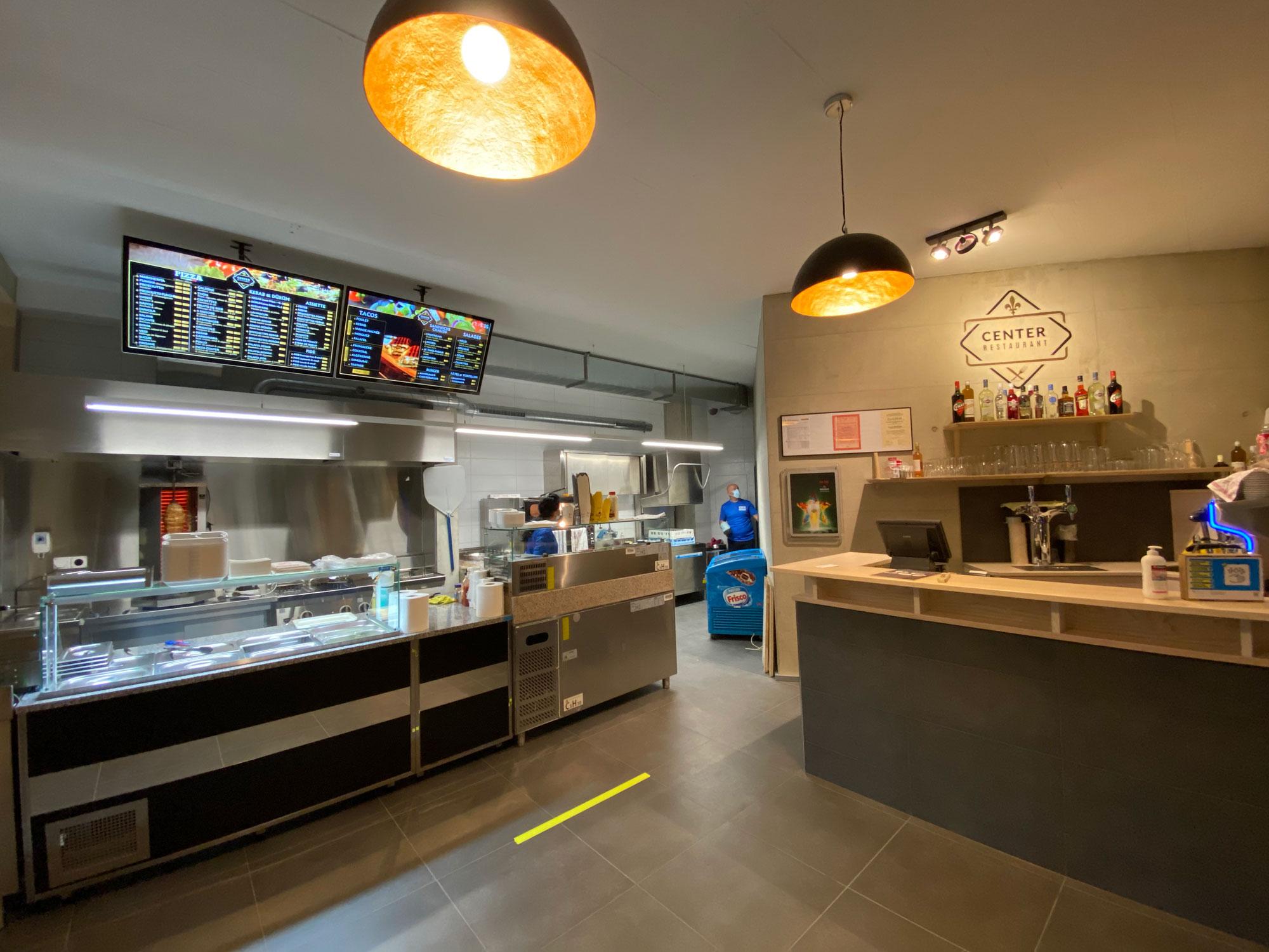 Center Restaurant à Delémont
